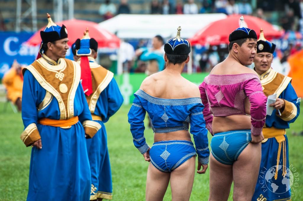 Festiwal Naadam w Ułan Bator, Mongolia - zapasy