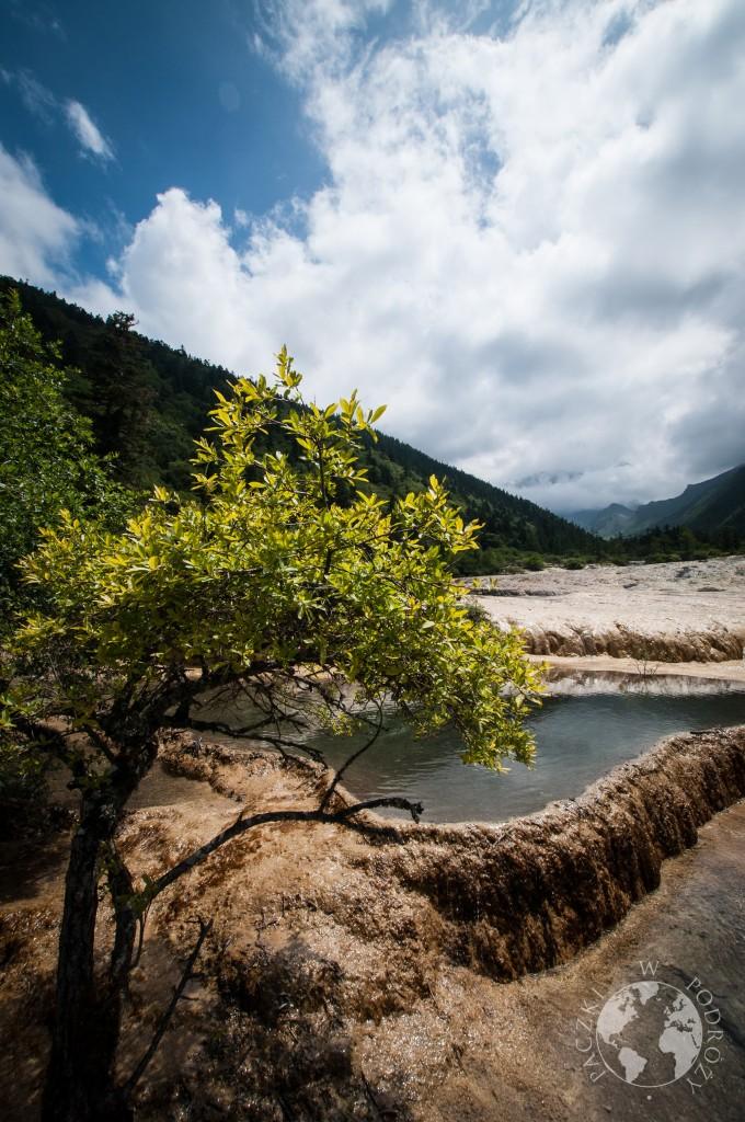 Tarasy wapienne w Parku Narodowym Huanglong, Chiny