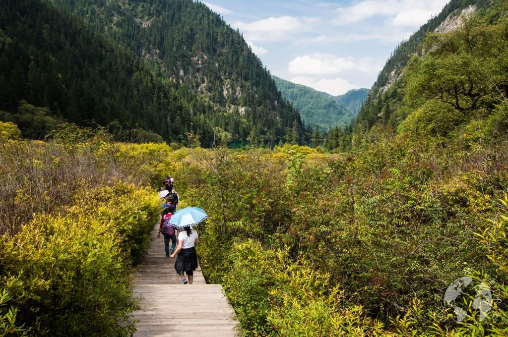 Góry w Parku Narodowym Jiuzhaigou, Chiny