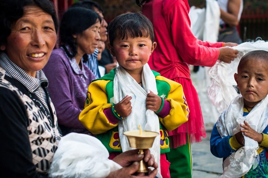 Tybetańczycy w buddyjskim klasztorze