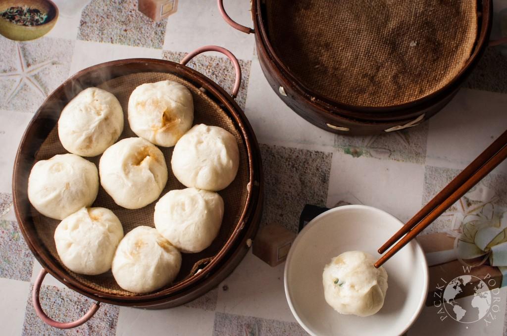 Chińskie pierożki baozi, jedzenie w Chinach