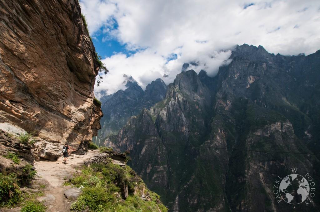 trekking w Wąwozie Skaczącego Tygrysa, Chiny