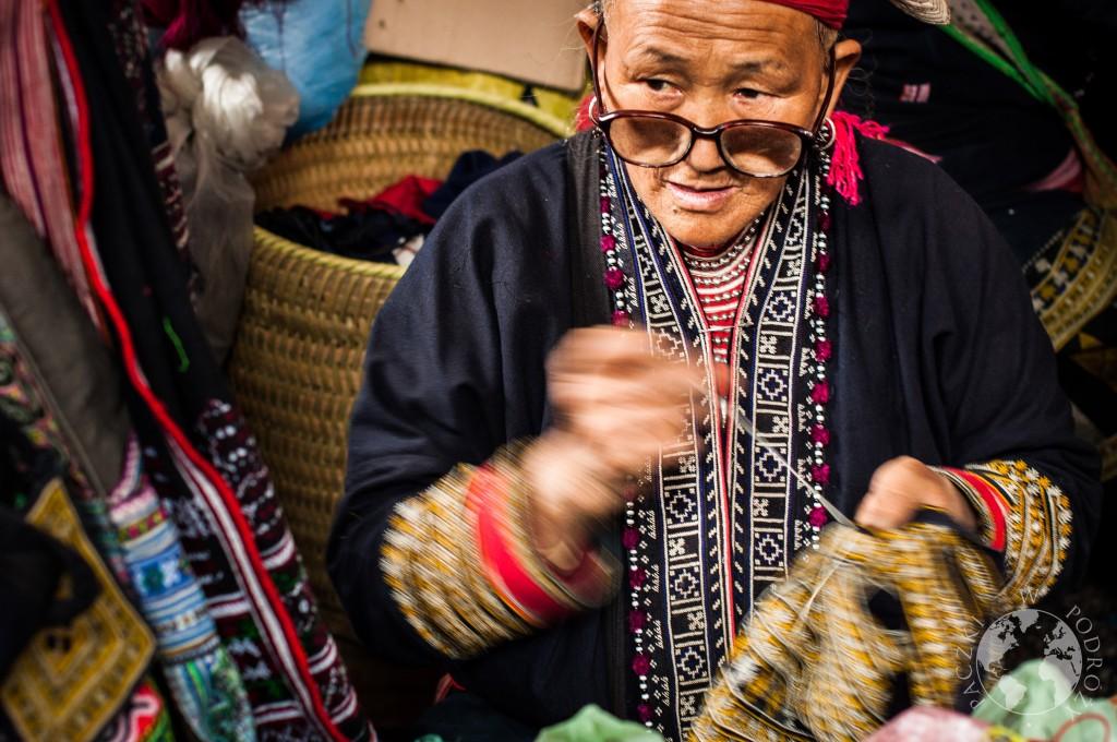 Sprzedawczyny na lokalnym targu, Sapa, Wietanm