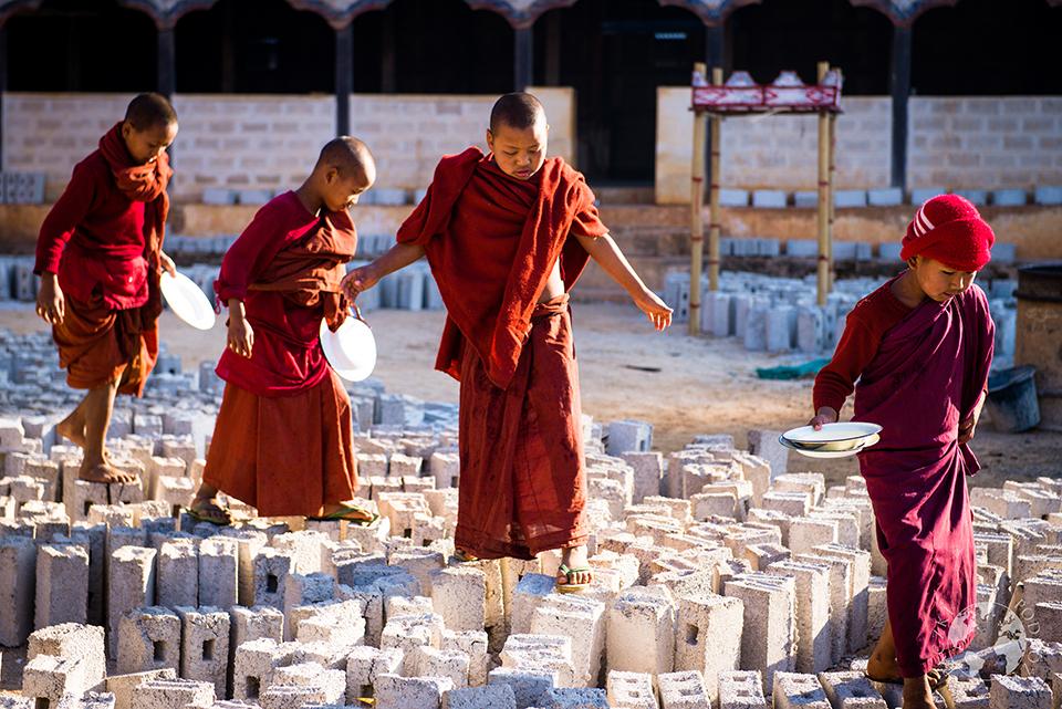 Śniadanie mnichów, Kalaw, Birma