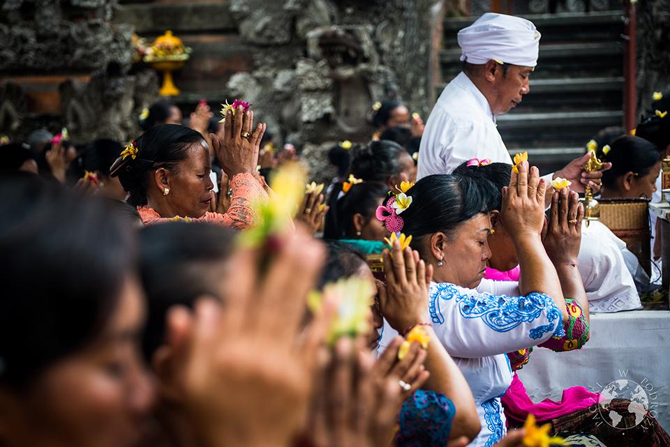 Modlitwa, Bali, Indonezja